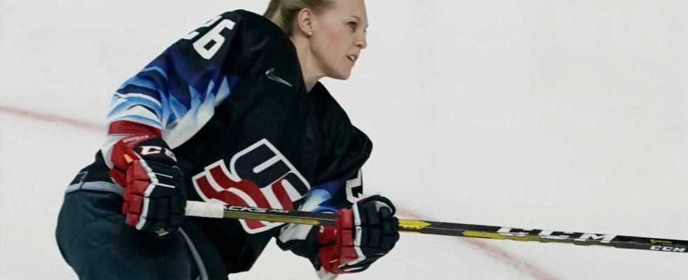 Women S Hockey Stars Form Players Association In Bid To Get