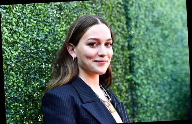 Who Is Victoria Pedretti In Netflix S You Get Ready To Fall In Love Fashionbehindthescene